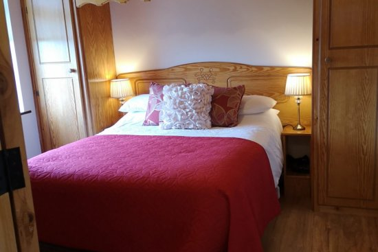Double: Bedroom 5